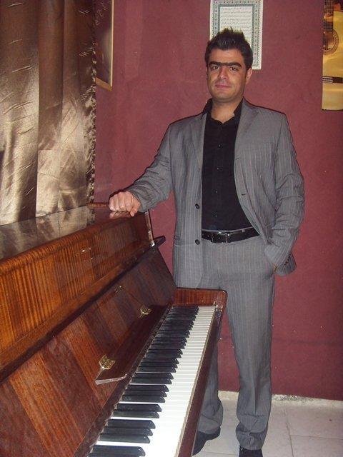 پیام اینانلو (پیانو)